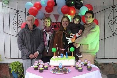 Bisabuelo, tía abuela y  abuelos paternos Miguel y Nilza
