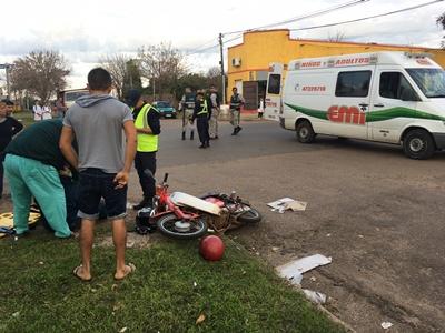 Alrededor de las 17:30 horas de ayer, dos birrodados  colisionaron en Avenida Solari y Boycuá, resultandos sus conductores con lesiones leves.