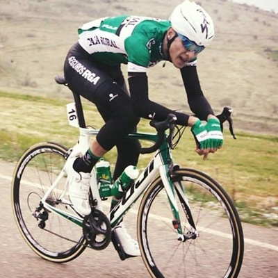 El salteño Mauricio Moreira a todo pedal en España, actualmente esta compitiendo en la Vuelta a Segovia