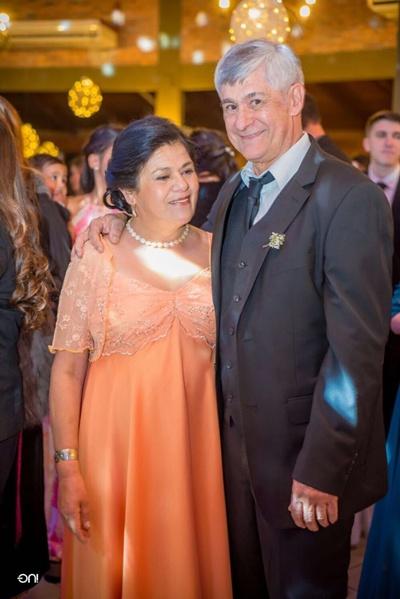 Alberto y esposa