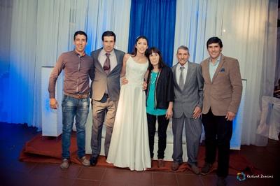 Sol con su tío Juan Carlos Guedes, su papá José, los  abuelos Leni Guedes, Elina Varesse  y el tío  Ángel Guedes