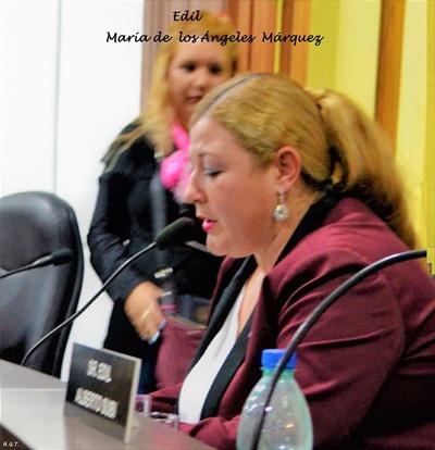 María de los Ángeles Marquez, adhiriendo al reconocimiento
