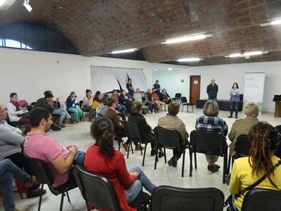 Charla sobre la agenda municipal cultural