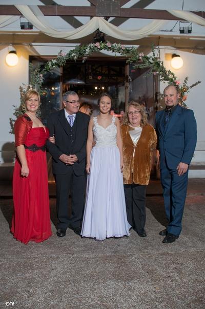 Virginia Guzmán, los abuelos Sara Villavicencio, Juan José Guzmán, tío Juan José Guzmán