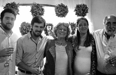 Piero Marino, Alejandro, Mabel Ugartemendía, Belén y Marco Prudenza