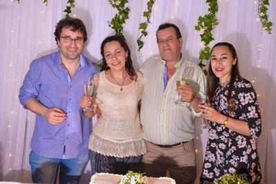 Joaquín Peréz Balbela, Rosario Balbela, Enrique Baladán y Jimena Peréz Balbela