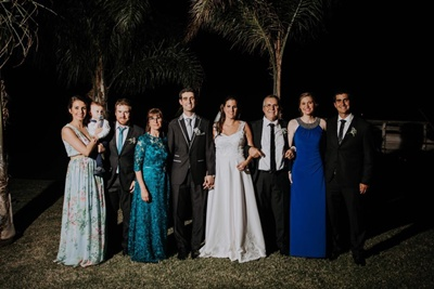 Alejandra y Joaquín junto a sus padres Roberto y Olga y sus  hermanos: Verónica y  Andrés Bourdin, Rodrigo y Belén Silveira .