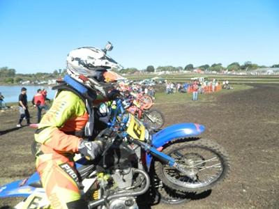 El motociclismo del Regional Litoral a pleno hoy en la pista Las Campanas de Belén