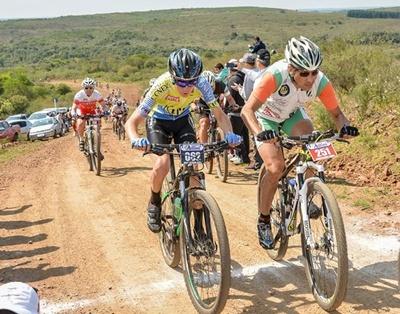 El mountain bike del  Fronteron se vive hoy  en Artigas, con una  nueva edición del Desafío  de la Piedra Pintada