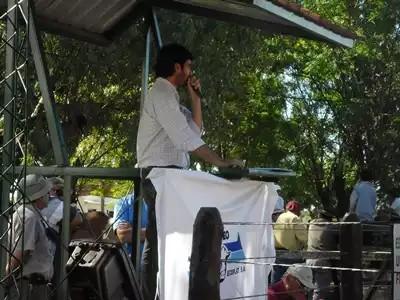 Gonzalo Crampet rematando para El Rodeo en Valentin Foto: Archivos de EL PUEBLO