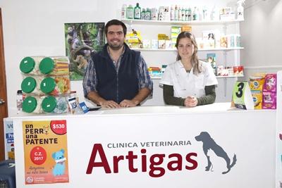 Agustín Artegoytia y Eliana Bentancor, Veterinaria Artigas