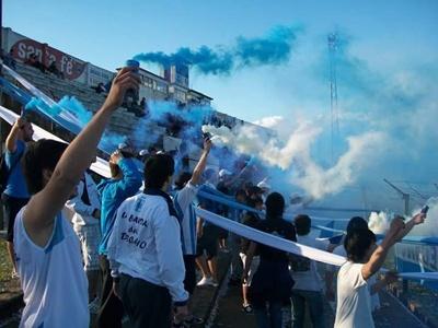 La Banda del Decano, hinchada de Salto Uruguay