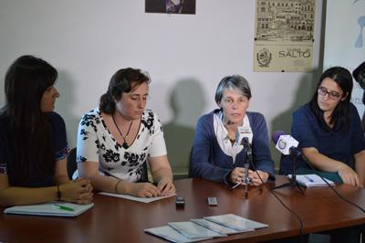 Derechos Humanos La Dra. Mariana Mota y parte de su equipo