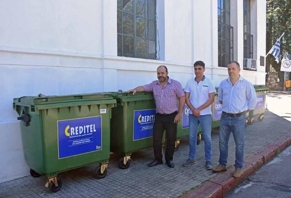 Fernando González junto al intendente  Andrés Lima y Pablo Ferreira Pinto