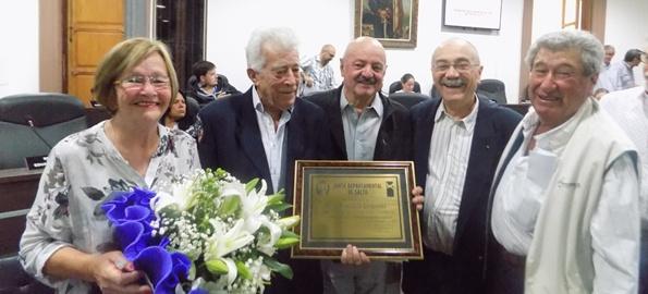 Garaventa junto a su esposa, Carlos Ardaiz,  Hugo Rolón y Domingo Savio