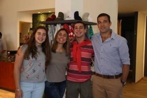 Magdalena Rivas, Andrea Zunini, Germán y Rodrigo Rivas