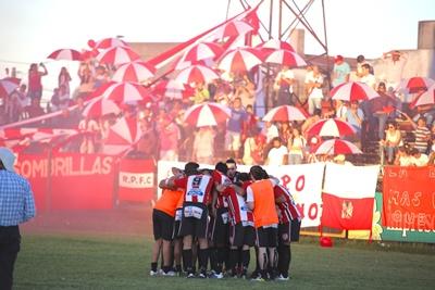 La hinchada de River Plate. ¡La consecuente adhesión de los hinchas!