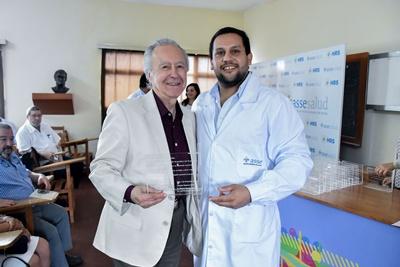 Dr. Hertz Ganzo y Dr. Marcos García (Director del HRS)