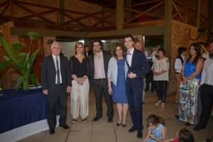 Dir. General Carlos Varela, Dir de Primaria Gisella Lanzaro, Pastor Federico Apecena, Dir Secundaria Gloria Speciali, Bachiller Facundo Robaina