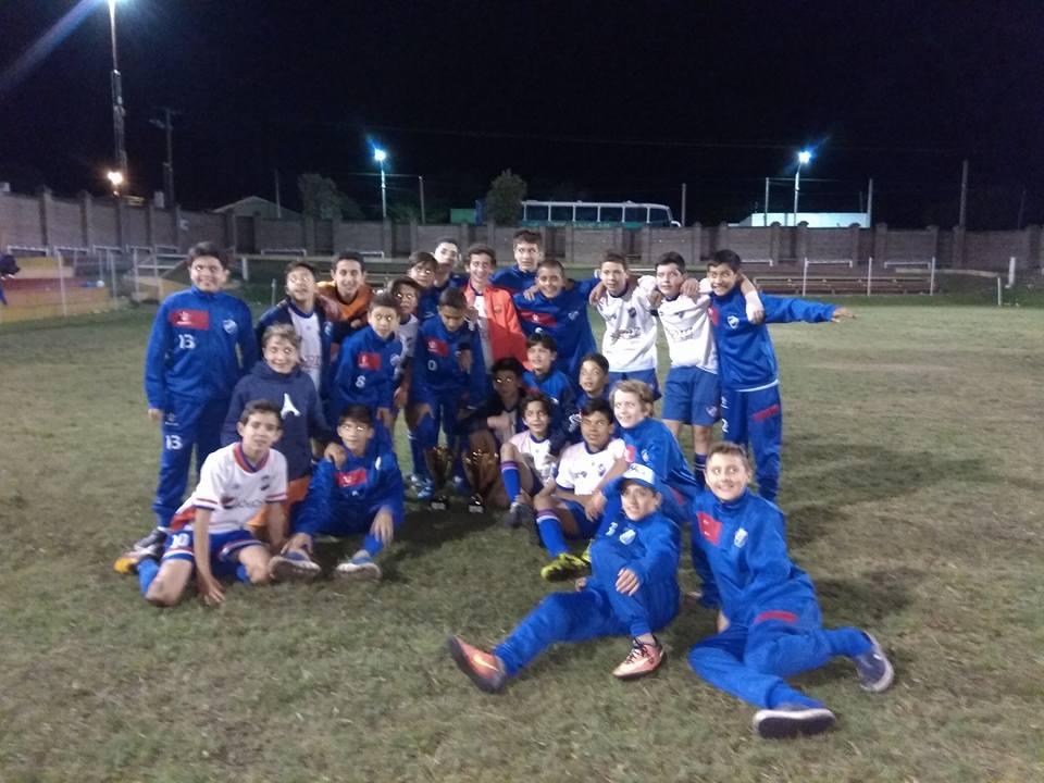 Nacional ganó en 11 y 12 años la Copa de Oro el pasado fin de semana en el torneo celebrado en Young