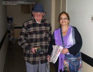 """Hennie: """"Aquí estamos en el Sanatorio Uruguay y un acompañante nos sacó una foto... testimonio de que lo seguían en su recorrido"""""""