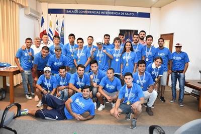 Los boxeadores amateurs que participaron del Campeonato de los Barrios,  se espera reeditar este año el mismo.
