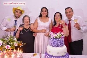 Victoria junto a la familia, su hermano Francisco, sus padres Ruben y Patricia y la abuela Gladys Alma Menoni