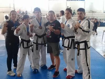 Los salteños se destacaron en el 8º Open Internacional de Taekwondo celebrado en Concordia
