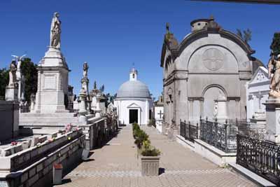 15-03-18 - Secretario en Cementerio 01