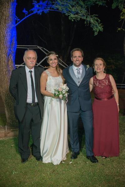 Padres del novio Eduardo Leggire y Gladys Fernández