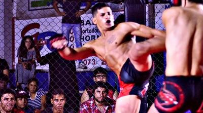 """El salteño Esteban """"El Duende"""" Pereira apronta su combate internacional  en Argentina el próximo 9 de marzo"""