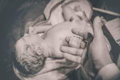 En el nacimiento de Vittorio su hijo