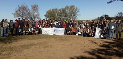 Participantes de la gira en La Acacia