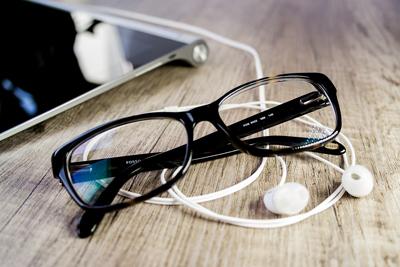 glasses-664078_960_720