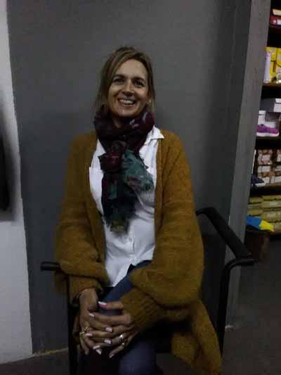 Patricia Vallejo Presentando