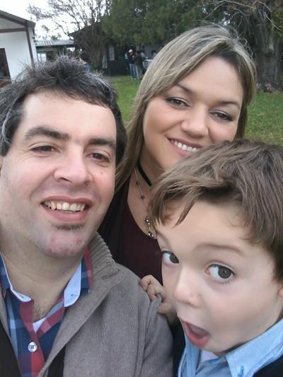 Dr. VArela y Familia