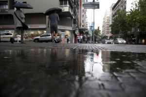 Alertas naranja y amarilla en regiones de Uruguay por tormentas y lluvias