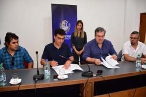 Firma Convenio Intendencia de Salto y Afulecom 01