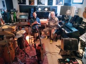 Nacho y Cesar Rivero, de Paysandú, que vive en Brescia Italia hace unos 30 años, músico también.