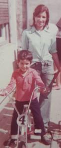 Fernando Alonso con su mamá
