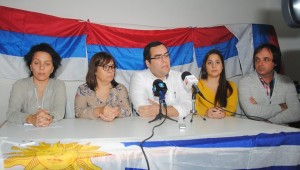 Soledad Marazzano, Monica Cabrera, Gabriel Duarte, Manu Mutti y Mauricio Ferreira.