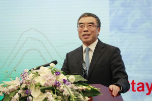 Sr. Liang Hua, presidente de la mesa directiva de Huawei