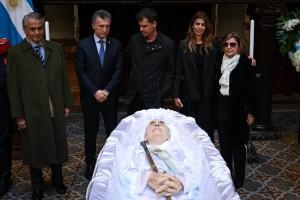 Gobierno argentino decreta duelo por De la Rúa, que es velado en Congreso