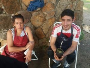 Silvina junto a su esposo Andrés en la lucha para llevar la comida diaria a su hogar