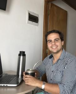 Estudio y trabajo Manuel