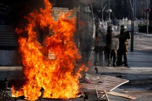 Miles de manifestantes protestan este domingo en el centro de la ciudad costera de Viña del Mar Chile