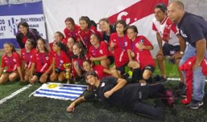 Sub 16 fueron las mejores en Concepción del Uruguay y se trajeron la copa para Salto