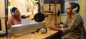 La mitad de los programadores de Bush Radio, una radio comunitaria de la Ciudad del Cabo (Sudáfrica), son mujeres