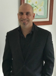 Médico- Investigador, Experto en Bio-estadística y Profesor de Métodos cuantitativos en Uruguay. Especialista en Informaciones Científicas. Médico, Coordinador y Docente de Bio-estadística de la Facultad de Medicina: Santa Casa de São Paulo-Brasil.