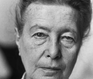 Simone de Beauvoir, en su casa de París